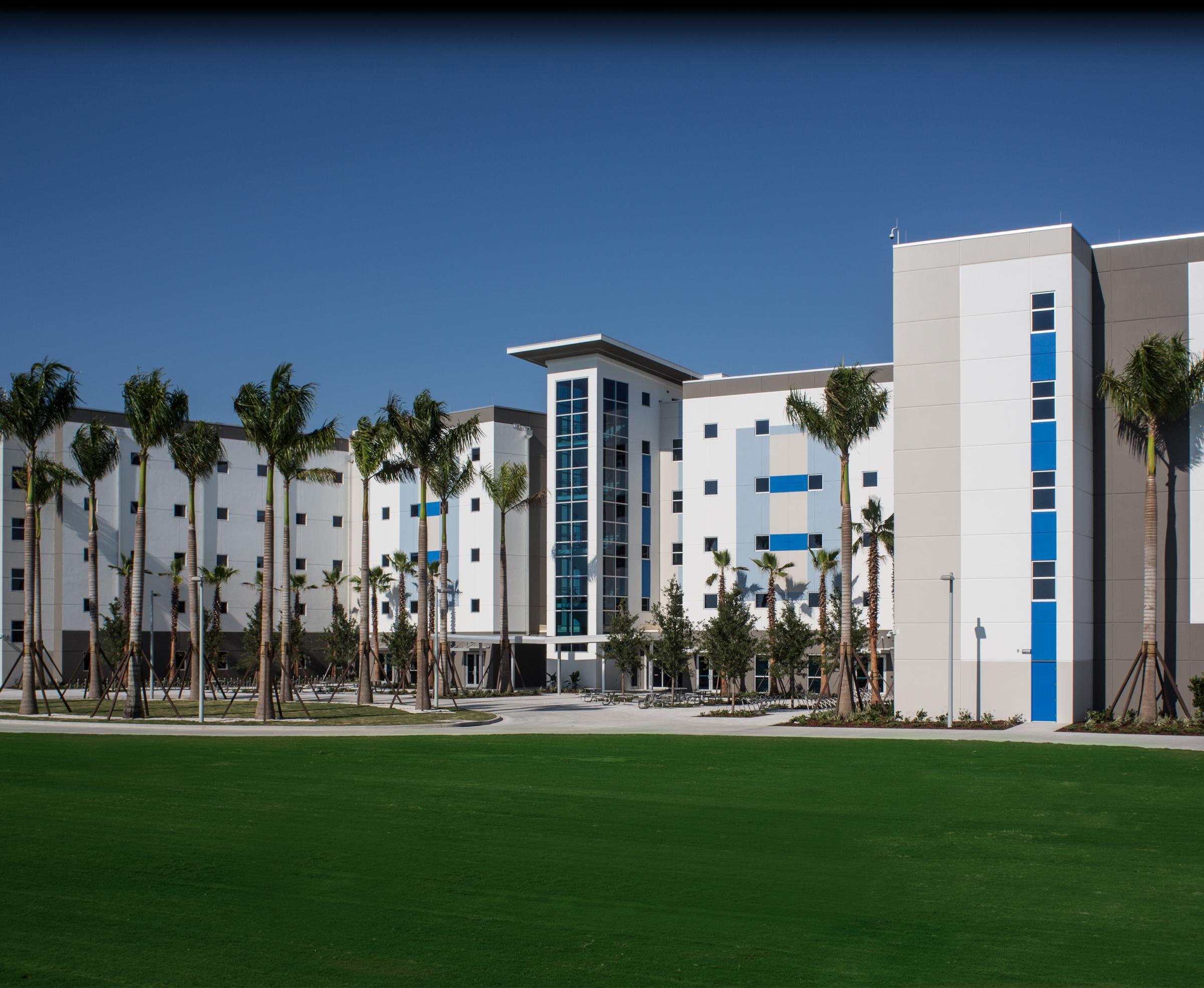 Img: IMG Academy Student Residence Hall 5-Story